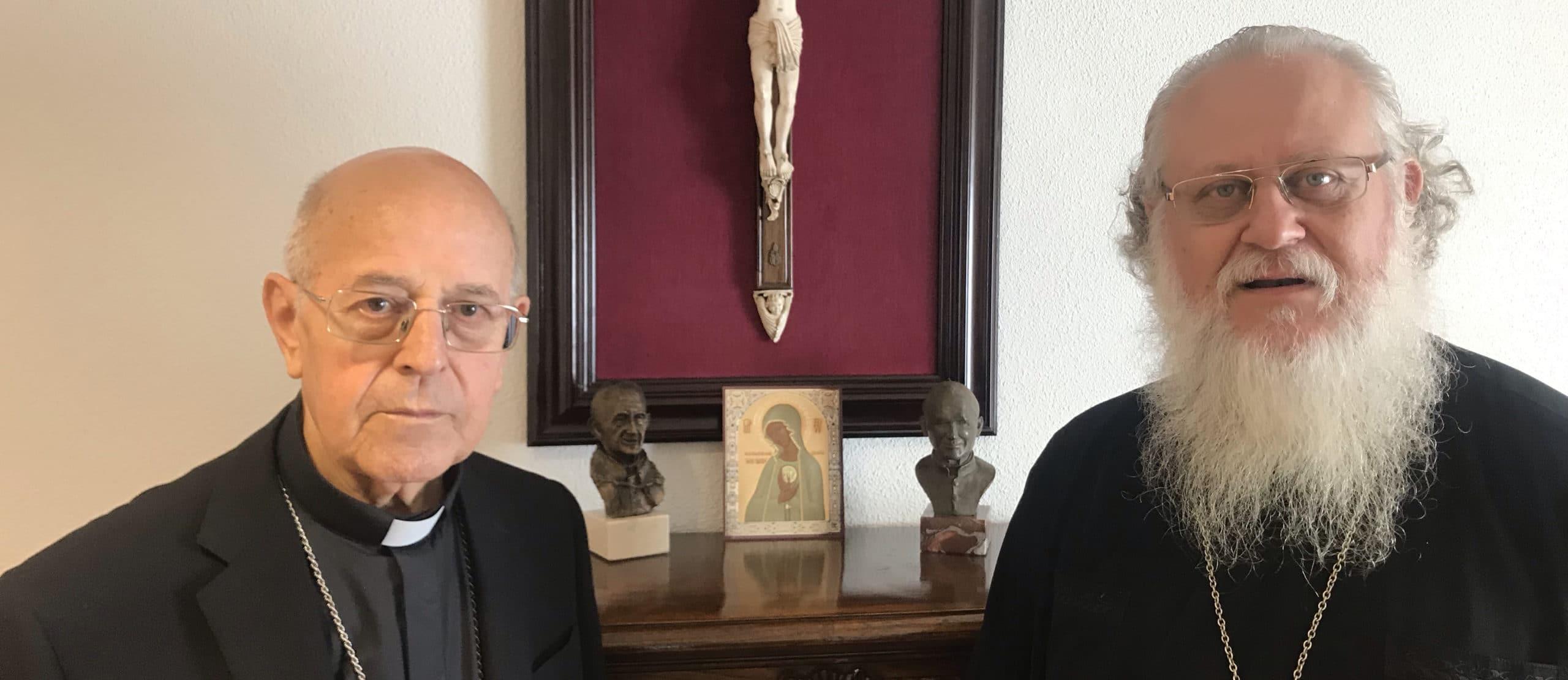 Padre Aleksandr, impulsor del proyecto, con el Cardenal Blázquez, presidente de la Conferencia Episcopal Española.